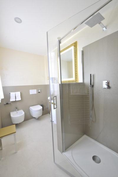 Soundproof bathroom